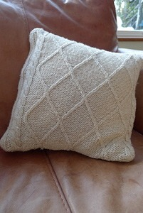 Recycled Jumper Cushion Cover – Tutorial
