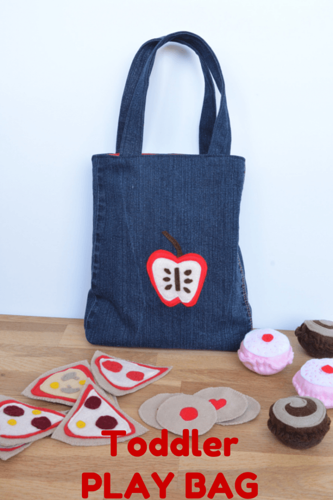 Toddler play bag, perfect for play shopping, carrying play food etc.. FREE Tutorial