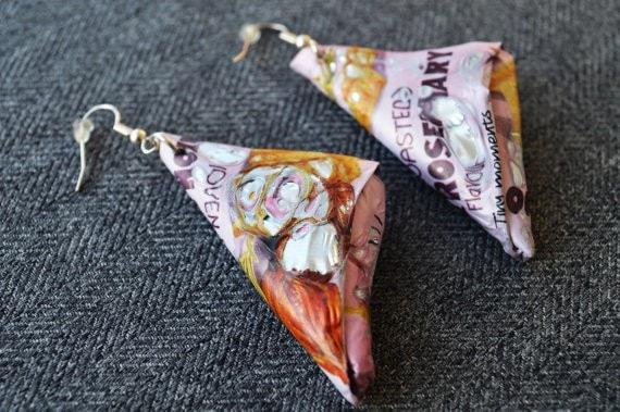crisp earrings