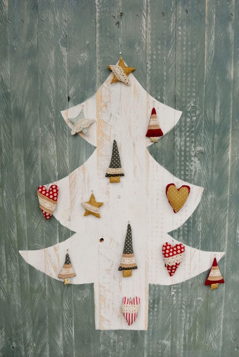 Pallet Christmas Tree DIY Rustic