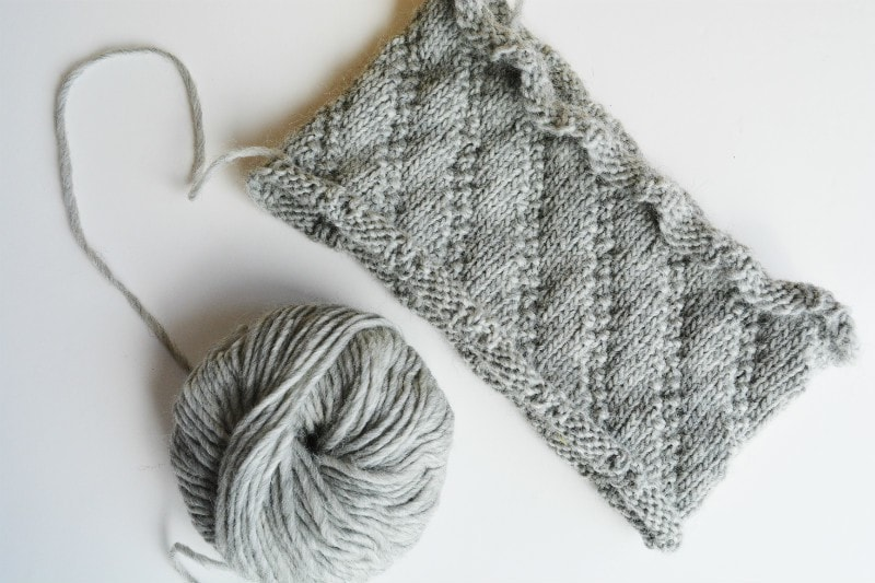 Cowl knitted with Hjertgarn