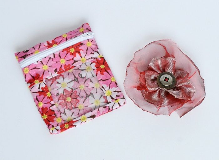 Teen gift, hairslide and bag