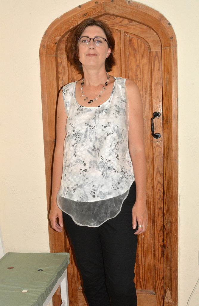 Refashioned top, pattern free