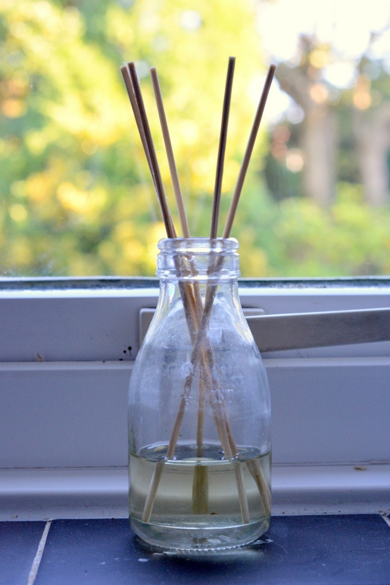 homemade-reed-diffuser