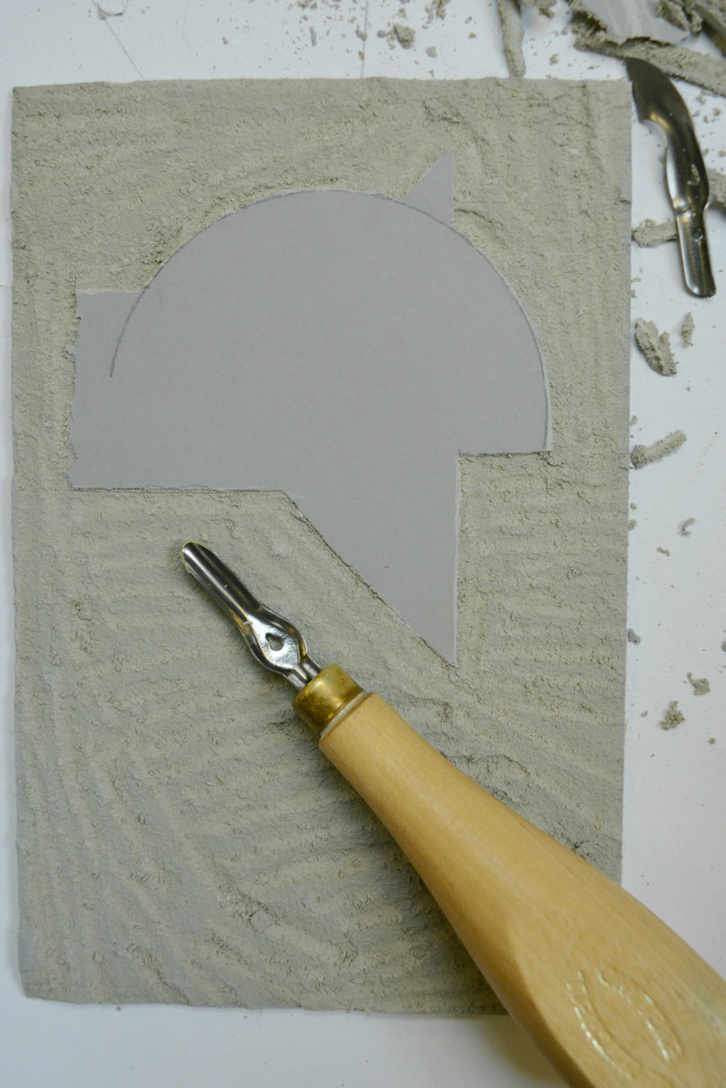 cutting-away-lino