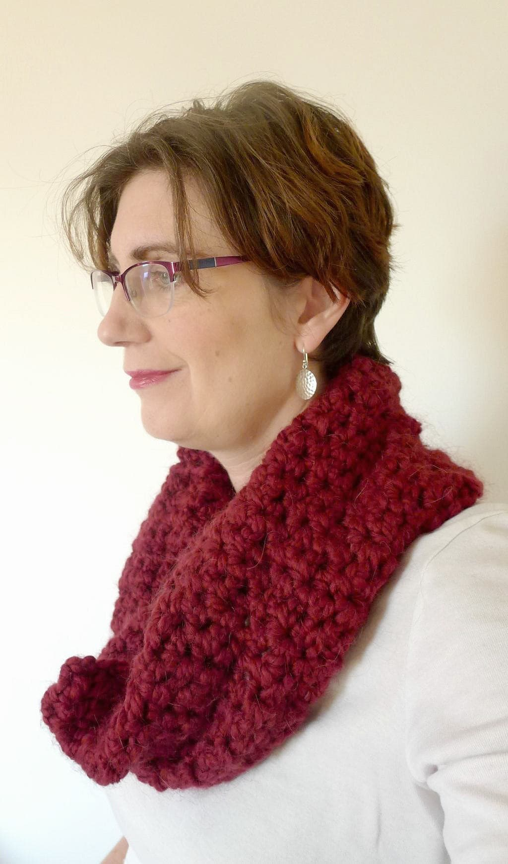 Learning to crochet, chunky stitch cowl