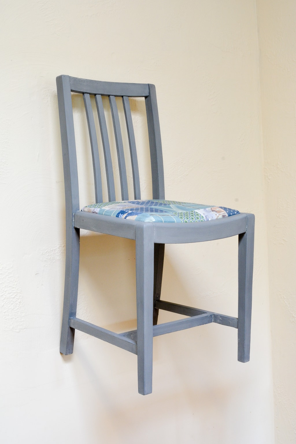 upcycle dining room chairs