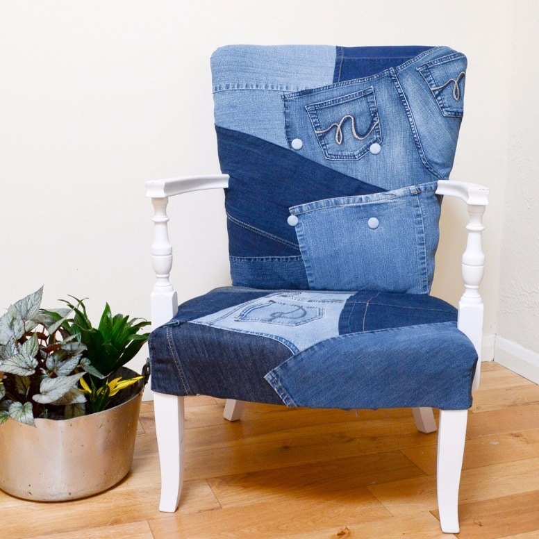 UPcycled denim chair DIY Upcycle