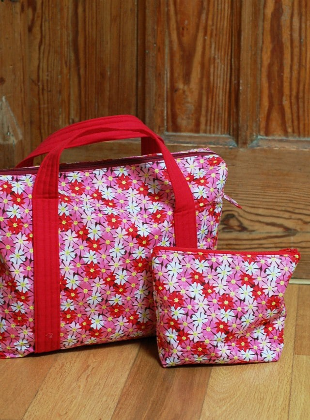 Boxy Overnight Bag & Toilet Bag