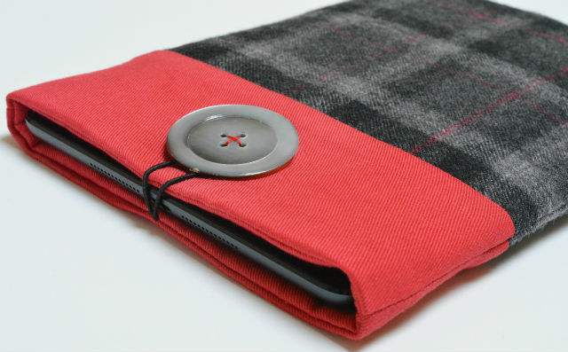 Tweed upcycled tablet sleeve