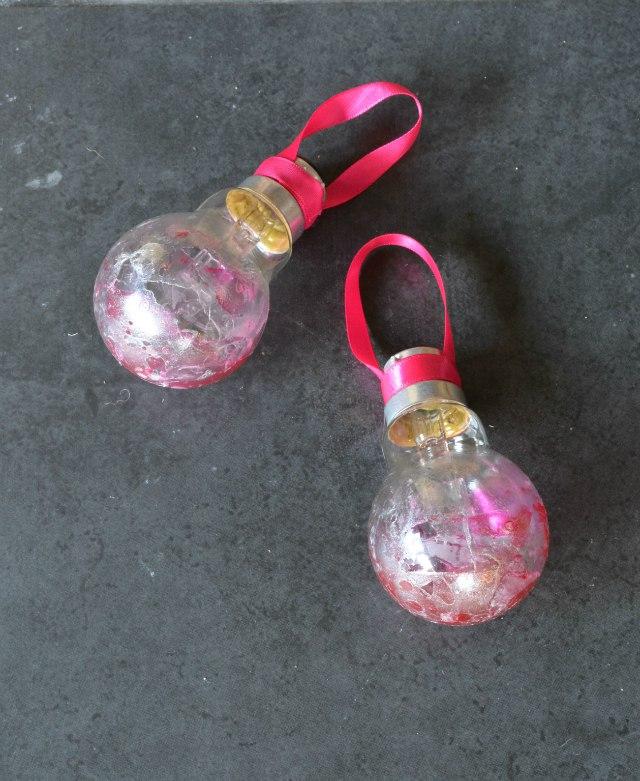 light bulb bauble tutorial