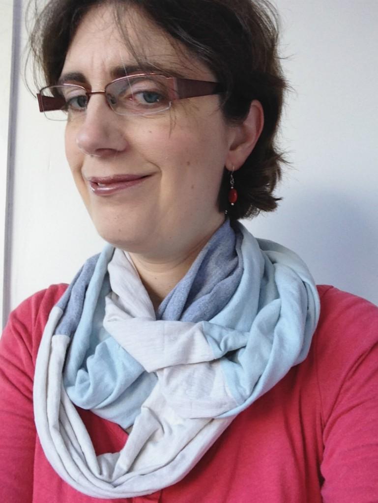 Upcycle tshirt infinity scarf