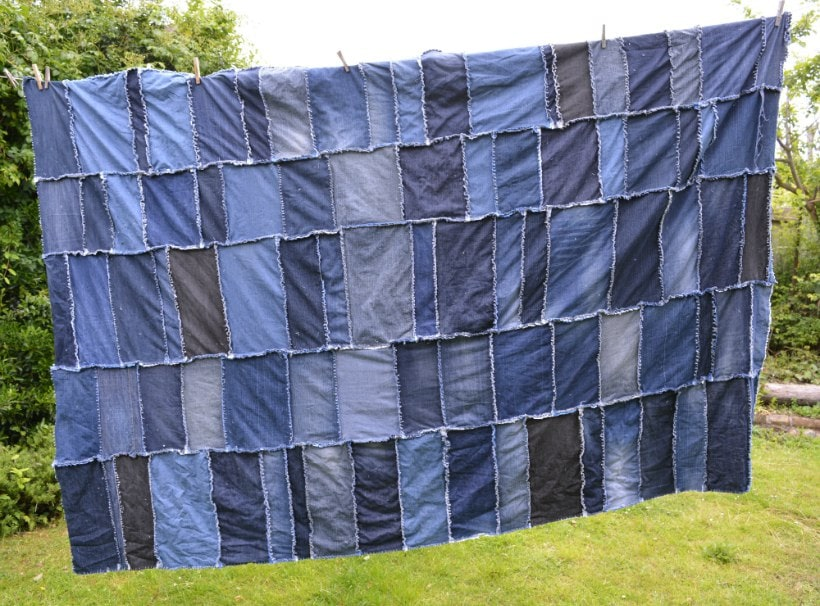 Super easy diy denim rag quilt vicky myers creations for What to do with an old quilt