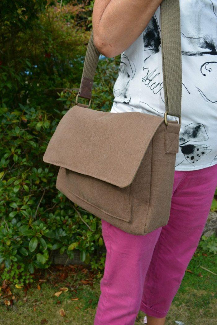 replicated messenger bag