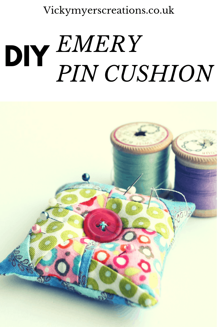 Learn how to sew an easy pin cushion using fabric scraps. This free pin cushion pattern uses emery so that as you use the pin cushion your pins and needle are sharpened. #fabricscraps #pincushionpattern