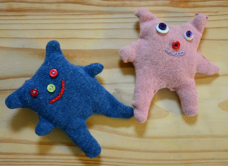 Upcycled cuddly toys, use former sweaters to inspire your child to sew