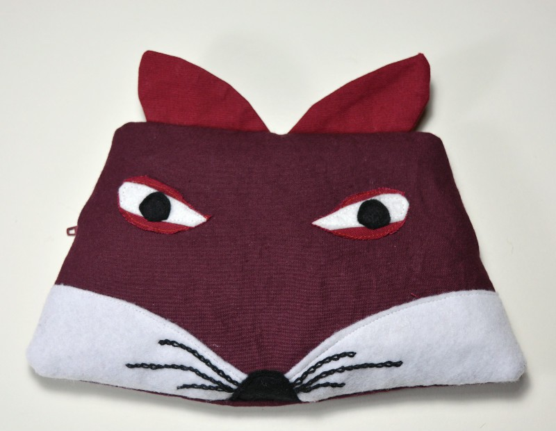 love-pencil-cases-sew-your-own-fox-pencil-case-with-this-free-tutorial-and-template