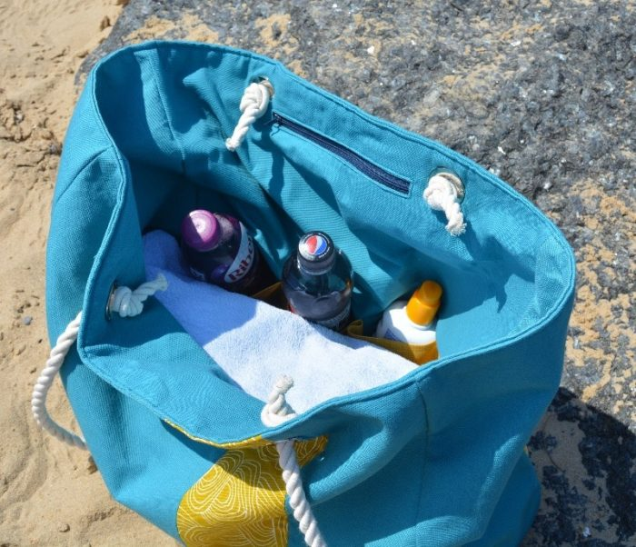Large Beach Bag pattern, showing slip pockets filled with drinks and suntan lotion