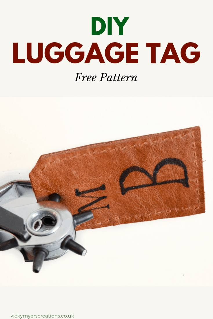 Easy DIY leather luggage tags make a great gift - learn to hand sew your own homemade luggage tags #DIYgift #DIYluggagetags
