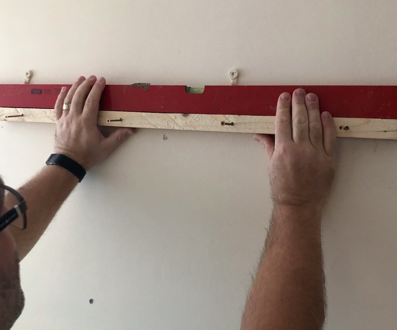 DIY Scrap wood wall art wall mounting 1