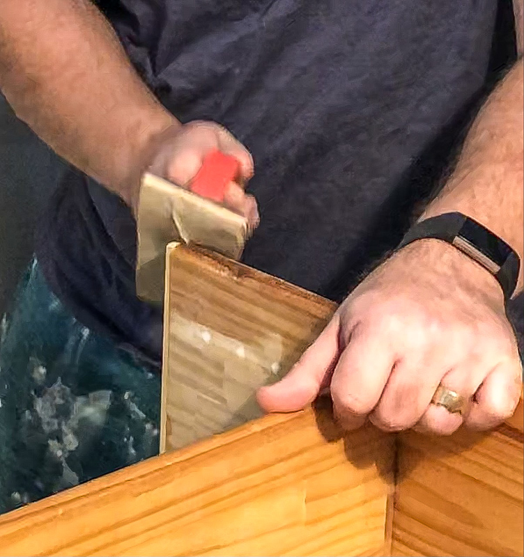 Easy DIY shoe rack sand