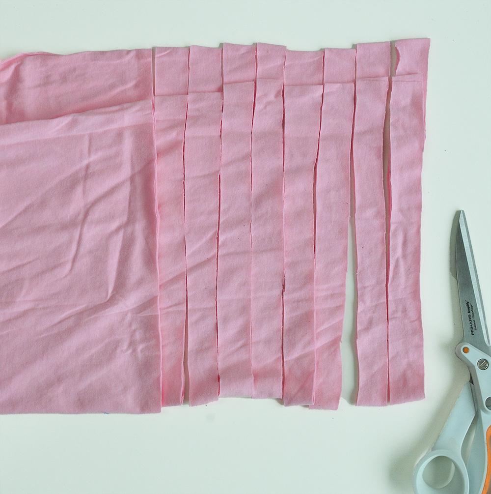 Step by Step DIY macrame Plant holder T shirt yarn 2